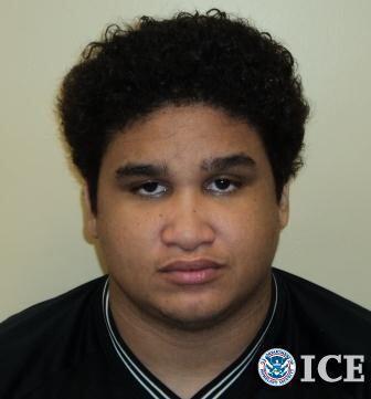 En esta foto, Jimmy Caraballo Colón, de 25 años, extrenado...