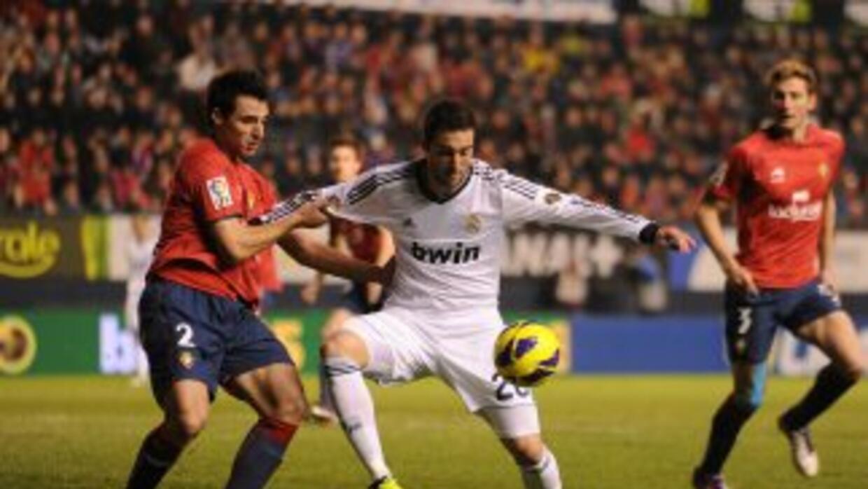 Real Madrid apenas pudo empatar con Osasuna y dejó ir dos puntos más en...