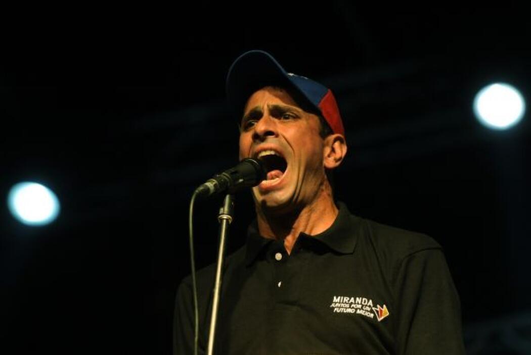 Capriles, del partido Primero Justicia, fue reelecto con 50.35 por cient...