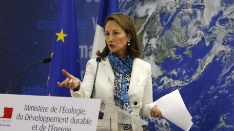 La ministro de ecología Segolene Royal declara sobre el caso Rena...