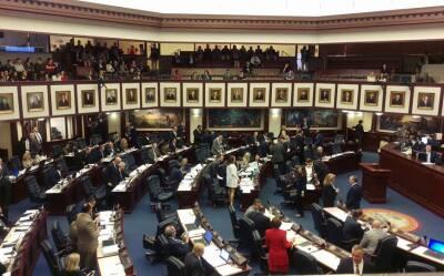 Inmigración Homepage Florida-Parliament.jpg