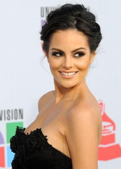 ¡Latinas como Ximena Navarrete tiene uno de sus mejores atributos en la...