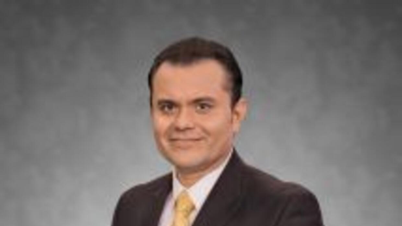 Reportero y presentador de deportes para Univision 45.