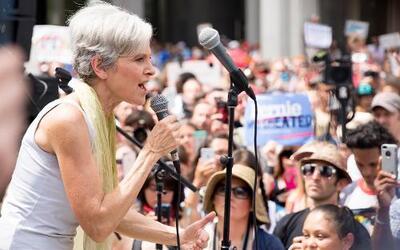 Jill Stein les recordó a los seguidores de Sanders que ambos tienen una...