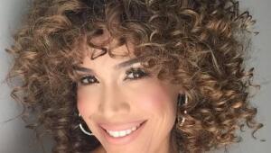 Karla Martinez pelo