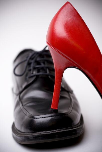 Comprar menos zapatos. Fíjate cuántos pares de zapatos hay en tu clóset...