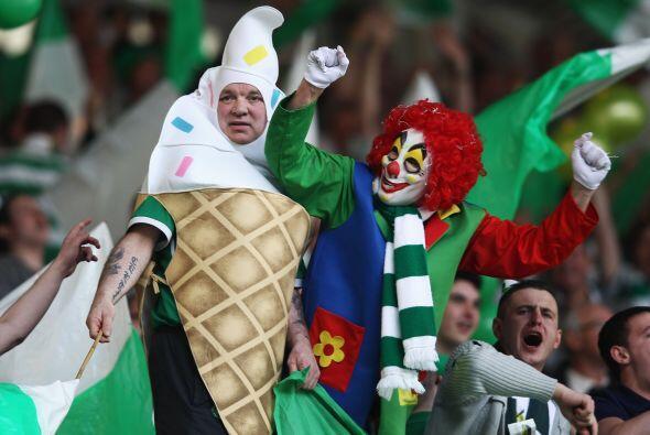 ¡Pues de acá! Gritaban los del Celtic.