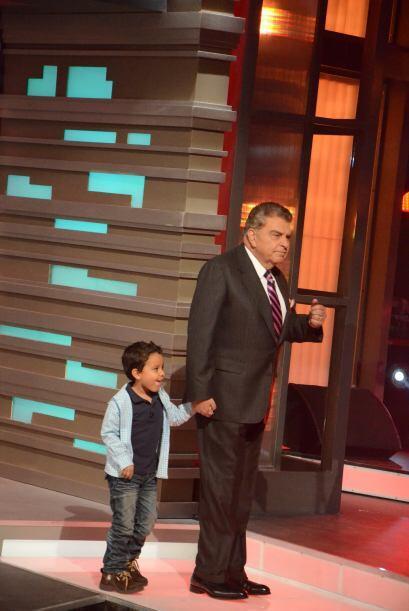 Don Francisco la felicitó por su actuación y le present&oa...