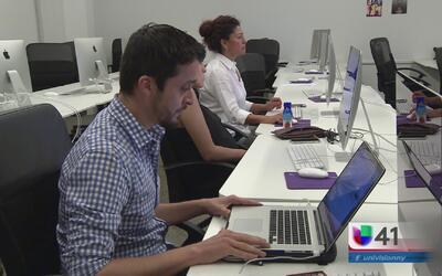 Jóvenes expertos en redes sociales suman esfuerzos para ayudar a la comu...