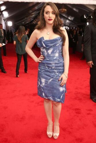 ¡Ay Kat Dennings!, con ese entalladito vestido de Vivienne Westwood hici...