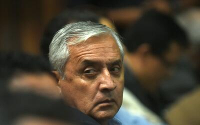 Pérez Molina y su exvicepresidenta fueron procesados por saqueo d...