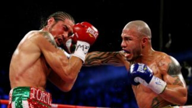 Cotto derrotó a Margarito en 10 rounds.