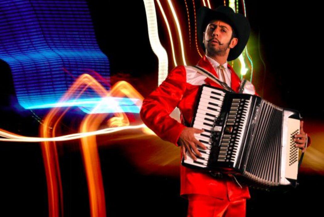 Don Apolinar es el acordeonista que el mundo ha estado esperando.