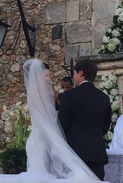 La ex reina de Nuestra Belleza Latina contrajo matrimonio con Luis Zaldi...