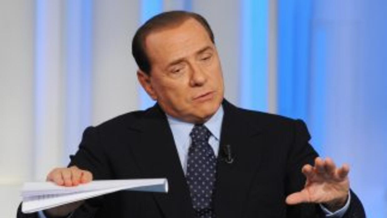 Silvio Berlusconi sigue en juicio.
