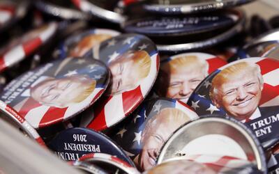 Souvenirs del nuevo presidente Trump se venden como pan caliente en Wash...