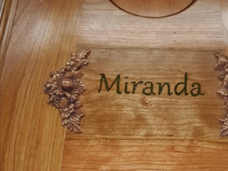 """La niña fue rebautizada como """"Miranda Eve""""."""