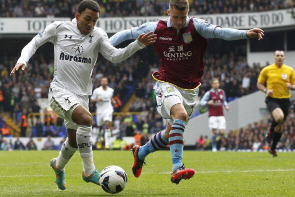 En otros encuentros, el Tottenham recibió en White Hart Lane al A...