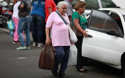Venezuela quiere supervisar las compras de alimentos con huellas digitales