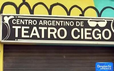Nueva forma de hacer teatro en Argentina, ¡sin luz!