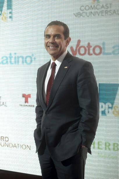 Antonio Villaraigosa, ex alcalde de Los Ángeles,  fue uno de los...