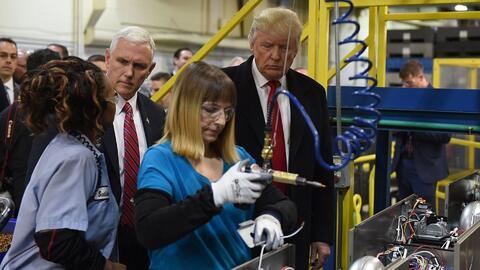 Trump ofrece datos engañosos cuando dice que salvó más de 1,100 empleos...