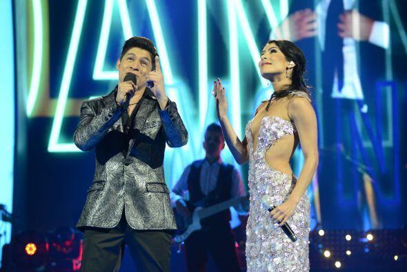 Danny con María León.
