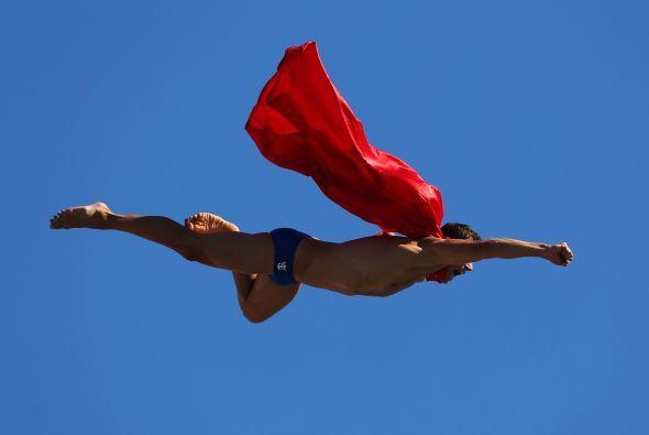 Te mostramos en imágenes la acción de la jornada 12 del Mundial de Natac...