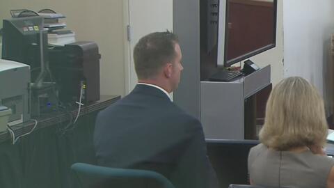 Declaran nulo el juicio contra el oficial de Fort Worth acusado de dispa...
