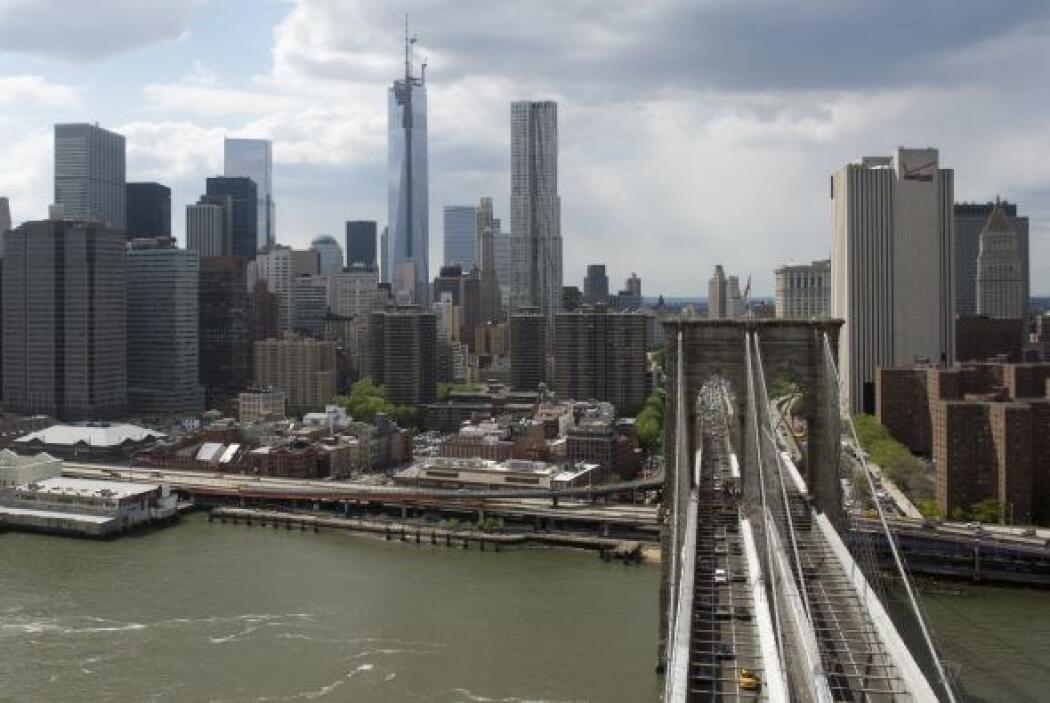 El puente  es pionero en conectar la isla de Manhattan con el vecino bar...