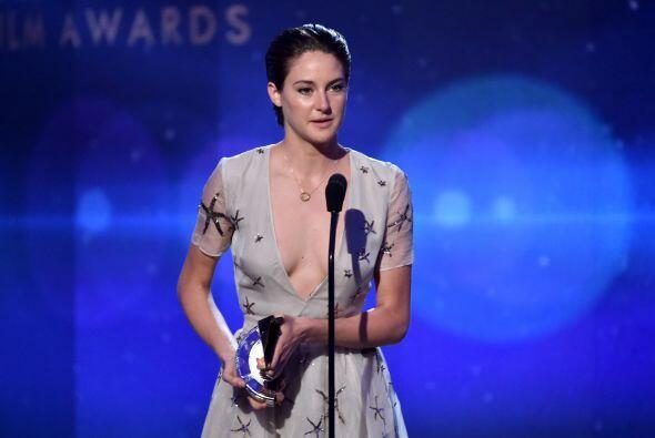 Obvio de actriz Shailene Woodley, quien no podía irse a casa sin su reco...