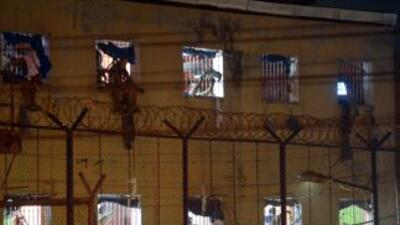 La tragedia se desató en la cárcel Modelo de Barraquilla, luego de un mo...