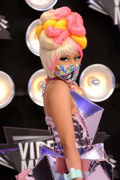 """Al parecer el dicho de """"menos es más"""" no va bien con el estilo de Minaj,..."""