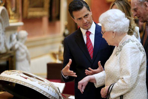 ¿O ese el sombrero de charro que usó Eduardo Yañ&ea...
