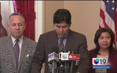 California propone ayuda legal para los niños de la frontera