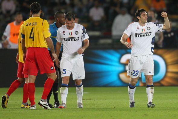 No hubo más. Inter ganó por 3-0 y enfrentará en la...