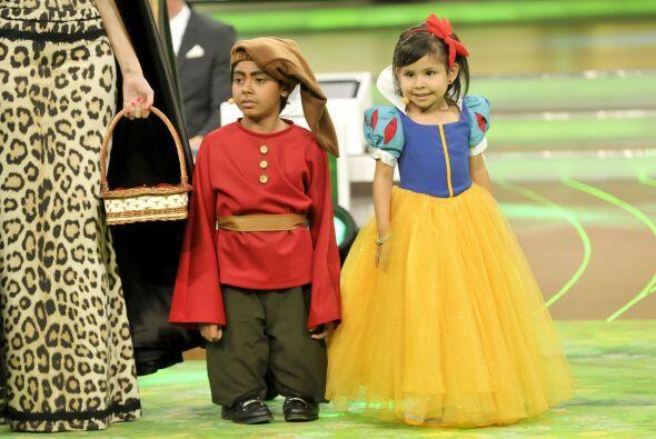 Esta vez Nazli se convirtió en una hermosa princesa, Blanca Nieve...
