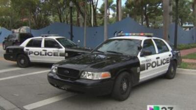 Una persona resultó herida de gravedad en un tiroteo en el estacionamien...
