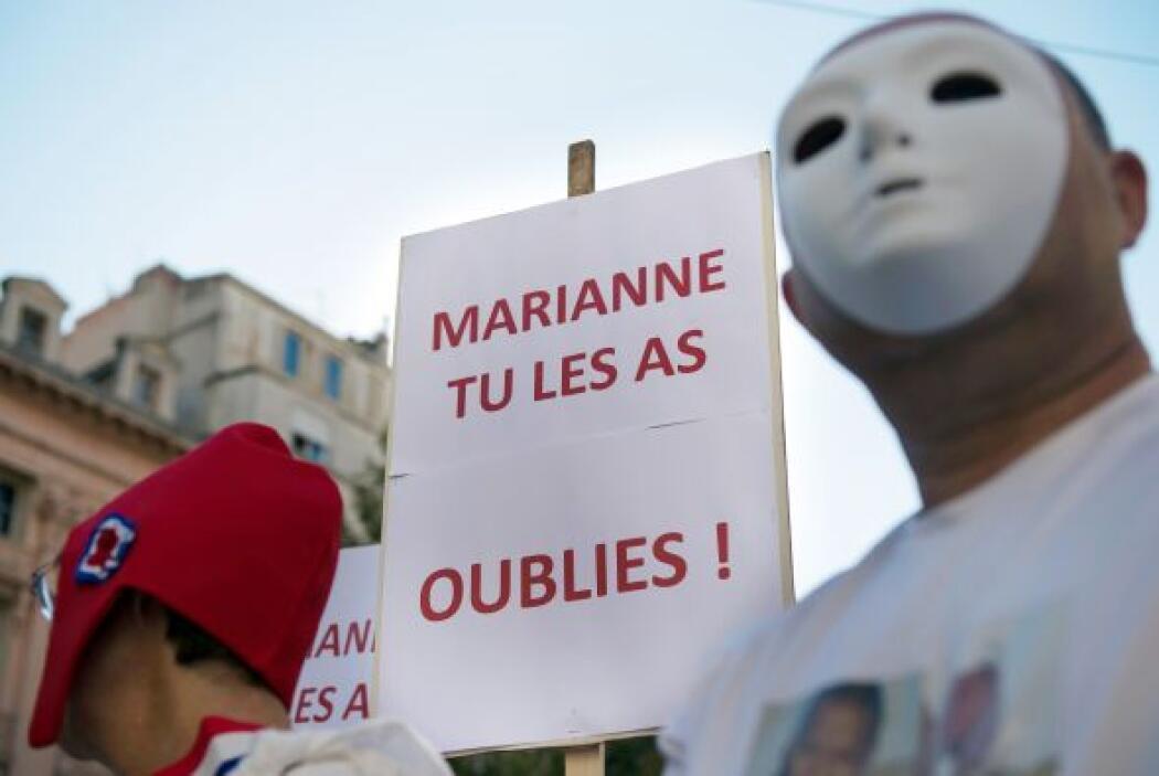 En una marcha en Marsella, los manifestantes piden la liberación de los...