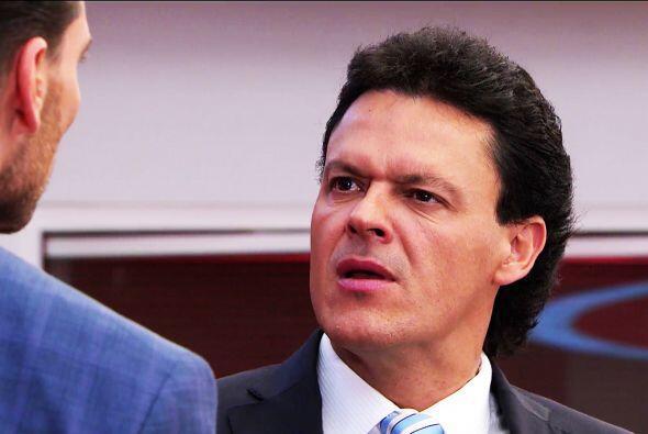 No te desanimes Chava, Patricio sólo te insulta porque está que se muere...