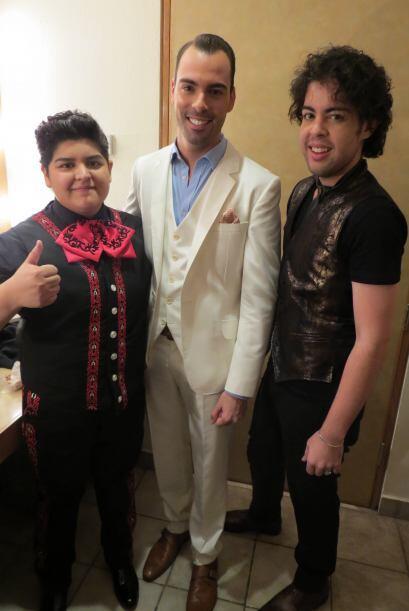 Stephanie, Arias y Raúl Vidal, con su nuevo peinado.