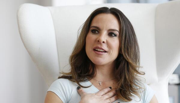 La actriz mexicana Kate del Castillo durante una entrevista con The Asso...