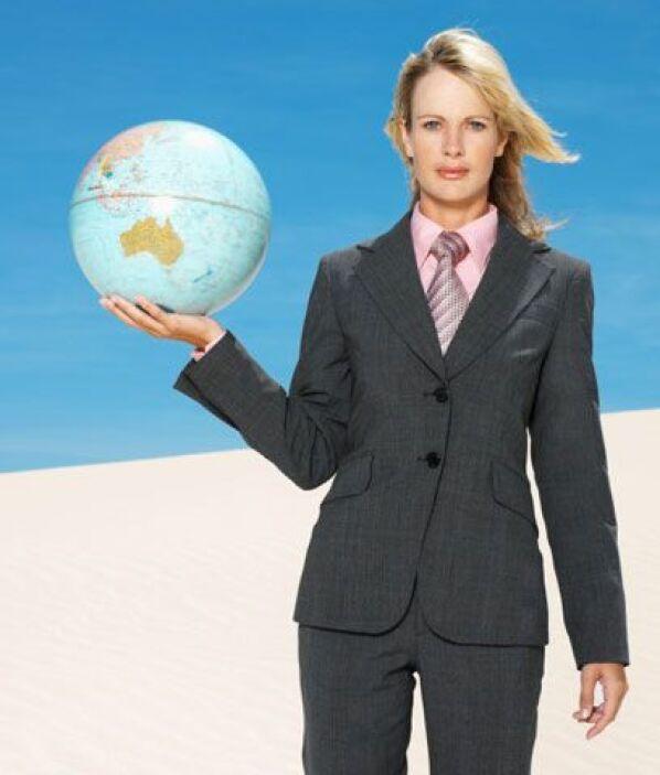 10. Elige un trabajo ecológicoSi estás buscando trabajo, piensa en hacer...