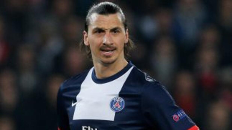 La lesión sufrida en el partido de ida ante el Chelsea tendrá a Zlatan f...