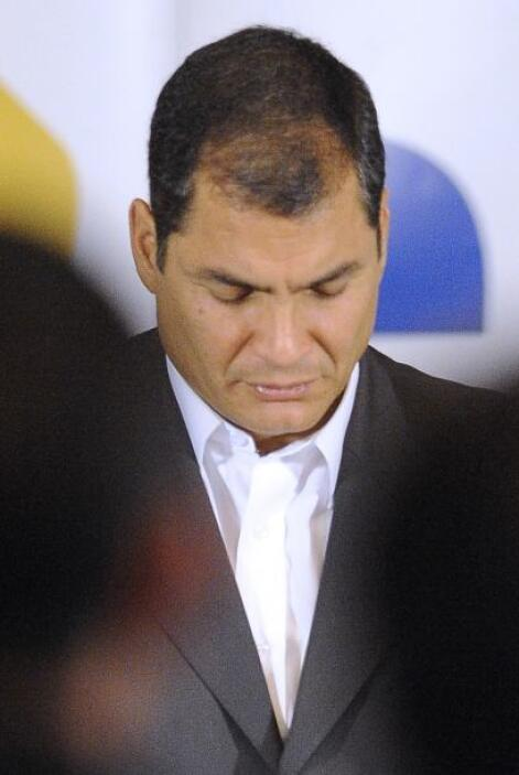 El presidente Rafael Correa pareció salir fortalecido después de una sub...