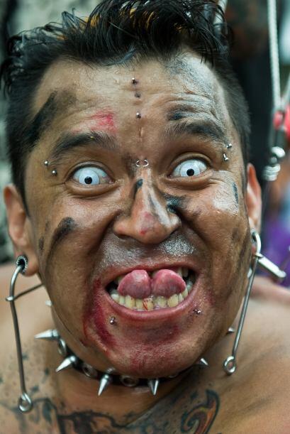 Jorge Castro es un artista de los tatuajes. Además de ser tatuador se en...
