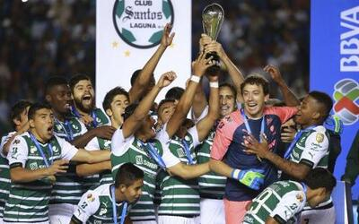 Santos se coronó  por quinta ocasión en el fútbol mexicano al derrotar 5...