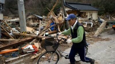 Japón está saliendo de entre los escombros.
