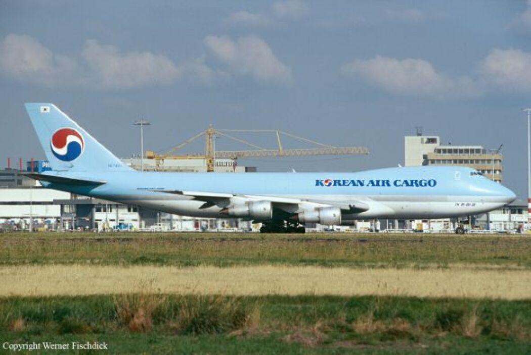 23-  Korean Air ha sufrido la muerte de 728 personas en nueve accidentes...
