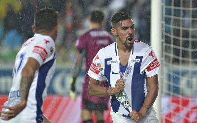 Franco Jara anotó el único gol entre Tuzos y Rayados.